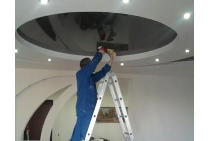 Ремонт поврежденного потолка
