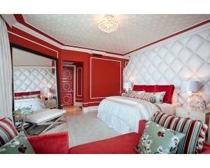Натяжные потолки в спальню